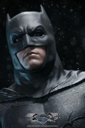 Hot Toys Batman v Superman Batman (81)