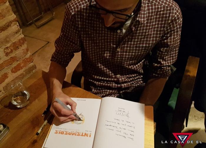 Javi Rey y Jesús Carrasco presentan la novela gráfica 'Intemperie'