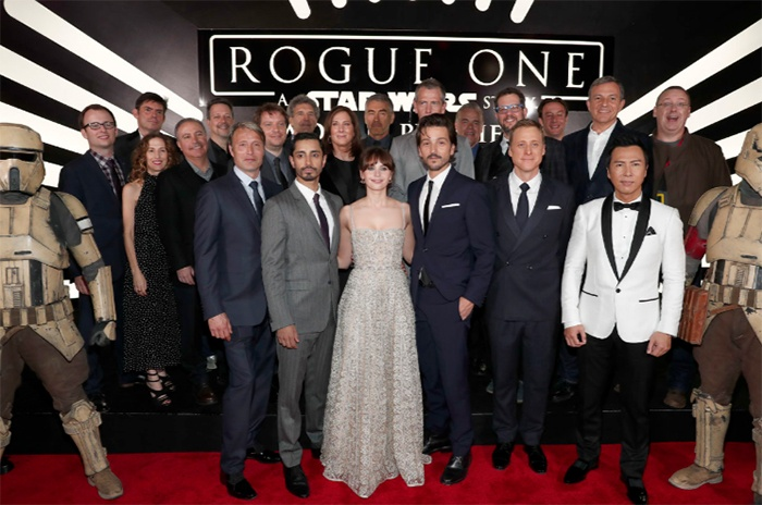 http://www.lacasadeel.net/wp-content/uploads/2016/12/Premiere-Rogue-One-9.jpg