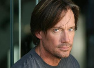 Kevin Sorbo Supergirl