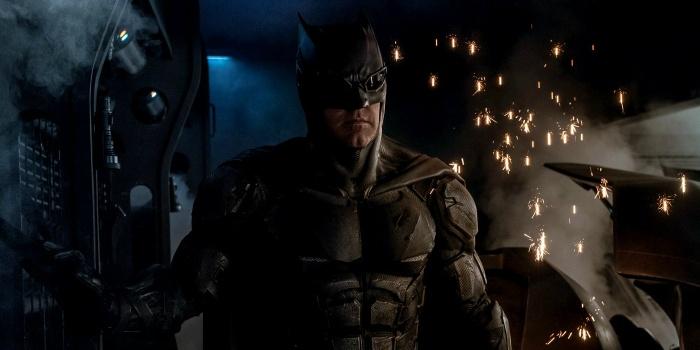 justice league movie batman tactical suit snyder