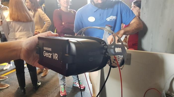 Entra en Arkham Asylum con la realidad virtual de Samsung en el Parque Warner