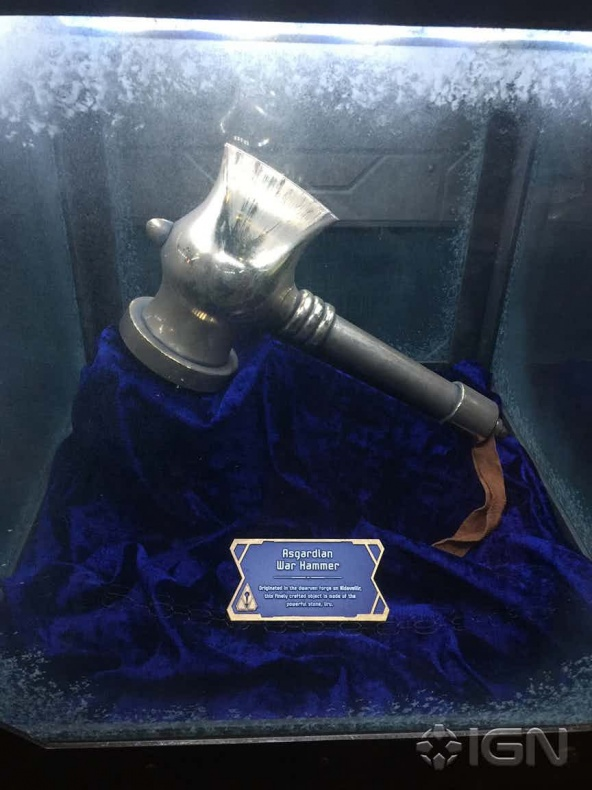 Stormbreaker - Beta Ray Bill - atracción Guardianes de la Galaxia Disneyland