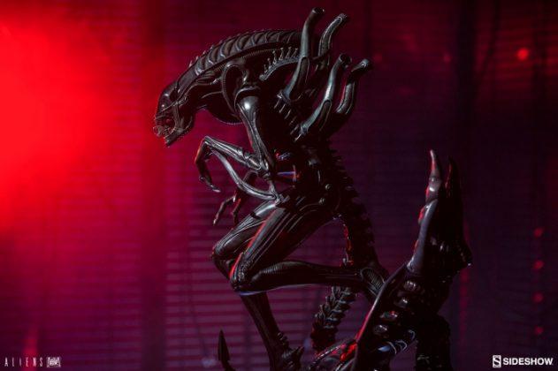Sideshow presenta una estatua del Alien Warrior 004