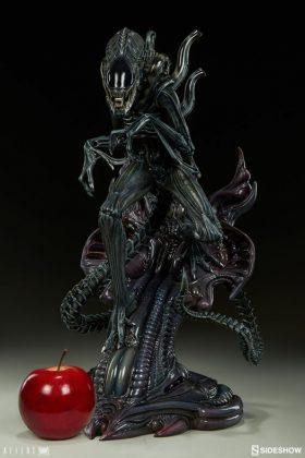 Sideshow presenta una estatua del Alien Warrior 005