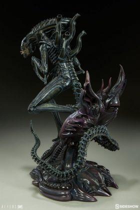 Sideshow presenta una estatua del Alien Warrior 007