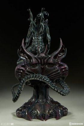 Sideshow presenta una estatua del Alien Warrior 008