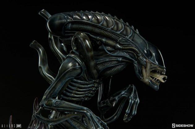 Sideshow presenta una estatua del Alien Warrior 013