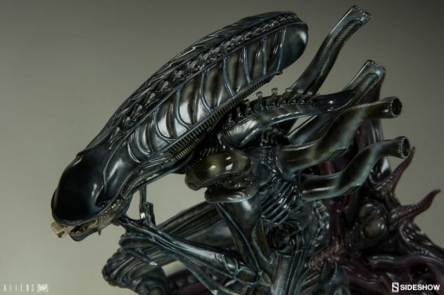 Sideshow presenta una estatua del Alien Warrior 015