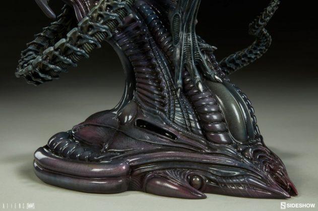 Sideshow presenta una estatua del Alien Warrior 018