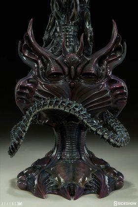 Sideshow presenta una estatua del Alien Warrior 019