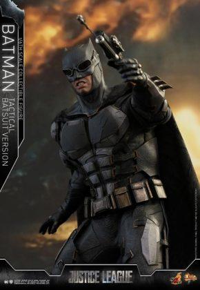 batman hot toys 1