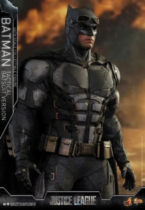 batman hot toys 4