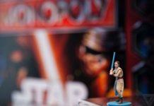Continúa la polémica con el Monopoly de Star Wars de Hasbro y la figura de Rey 004