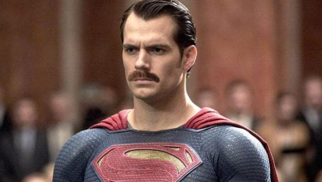 supermanconbigote