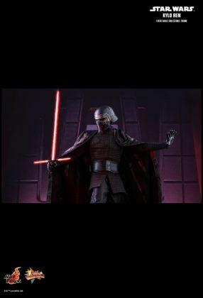 Hot Toys desvela la nueva figura de Kylo Ren de Star Wars Los últimos Jedi 1