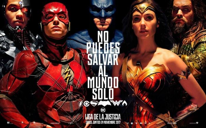 liga de la justicia no puedes salvar el mundo tu solo