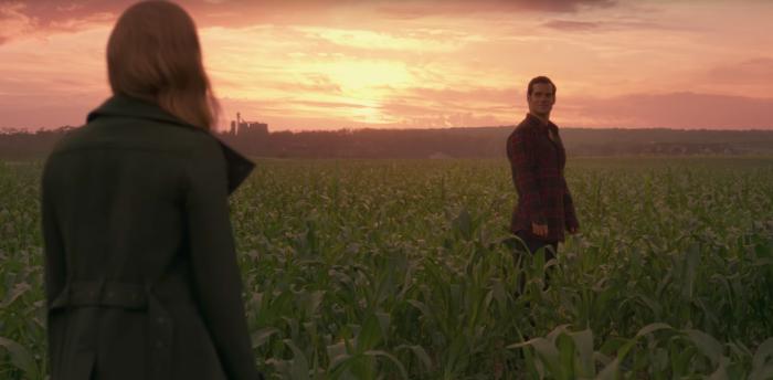 Liga de la Justicia - Clark y Lois en la granja