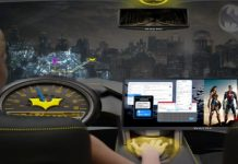 Coche autónomo batmóvil Gotham realidad virtual