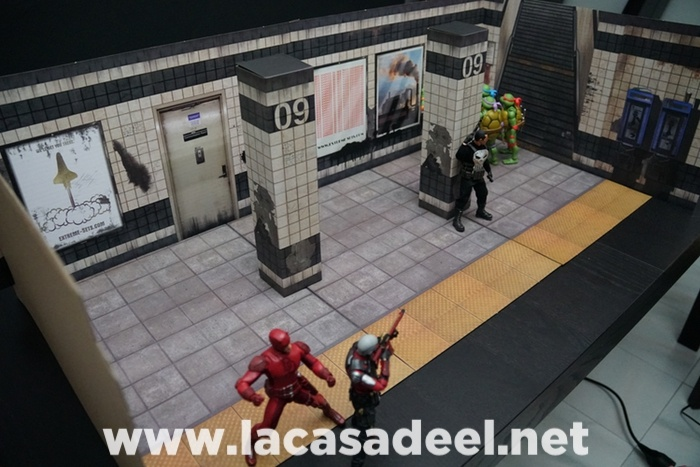 Extreme-Sets Subway Terminal Pop-Up Diorama