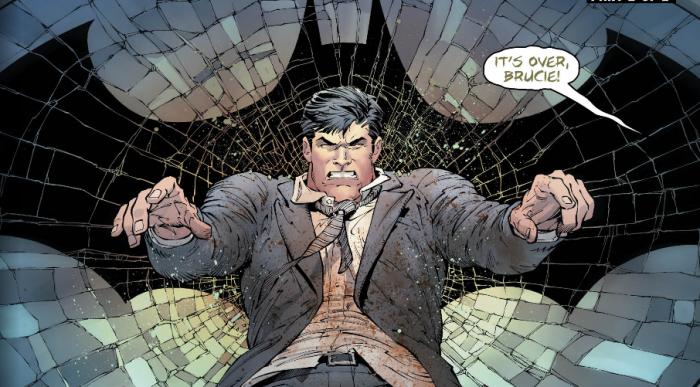 Bruce Wayne golpeado