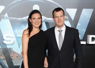 Jonathan Nolan y Lisa Joy