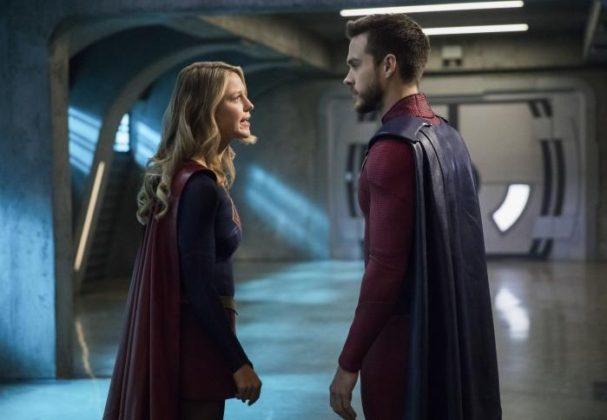 Mon-El y Supergirl