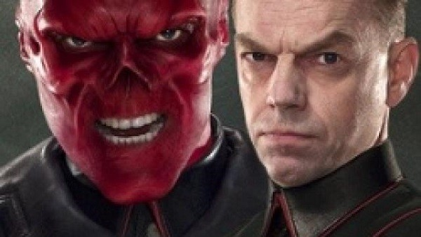 craneo rojo hugo weaving