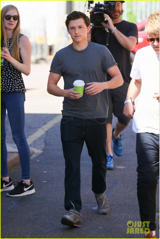 Tom Holland Spider-Man Far From Home 1