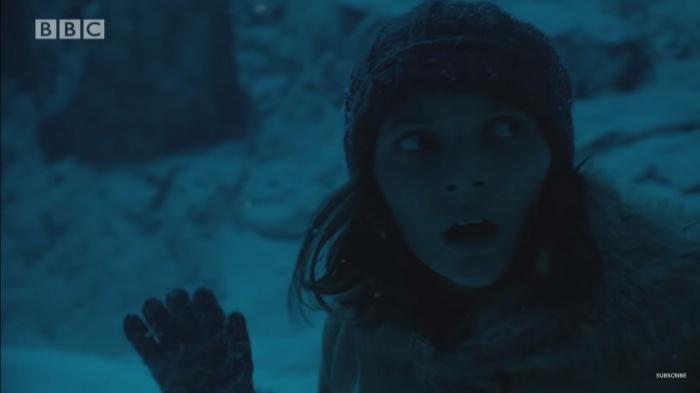 Dafne Keen como Lyra Belacqua