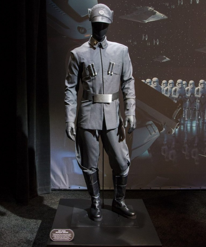rise of the resistance cast costume full