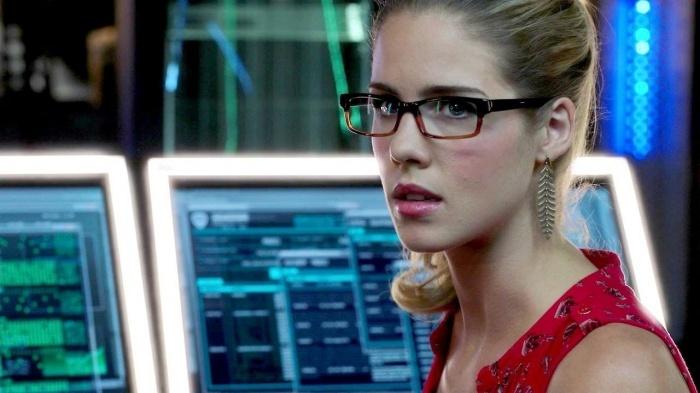Emily Bett Rickards es Felicity Smoak en Arrow