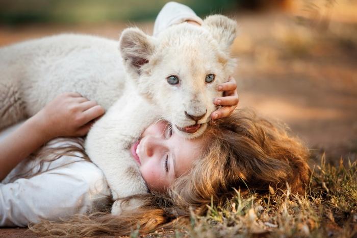 Crítica de Mia y el león blanco