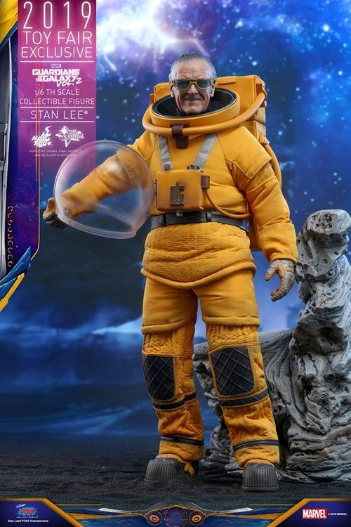https hypebeast.com image 2019 07 stan lee guardians of the galaxy vol 2 hot toys 2