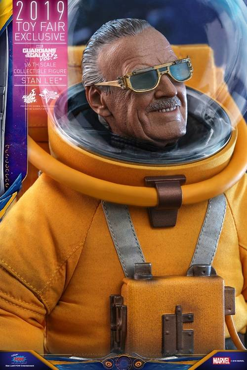 https hypebeast.com image 2019 07 stan lee guardians of the galaxy vol 2 hot toys 4