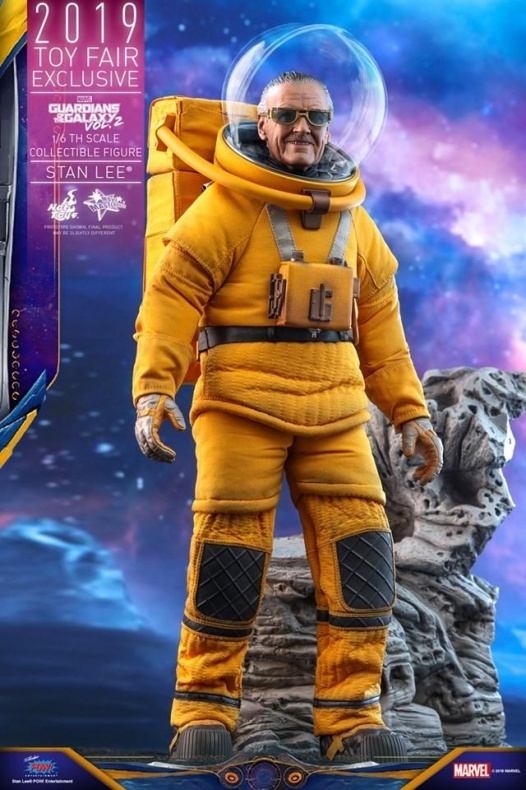 https hypebeast.com image 2019 07 stan lee guardians of the galaxy vol 2 hot toys 5
