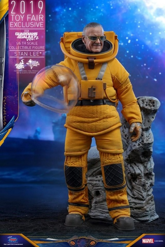 https hypebeast.com image 2019 07 stan lee guardians of the galaxy vol 2 hot toys 7