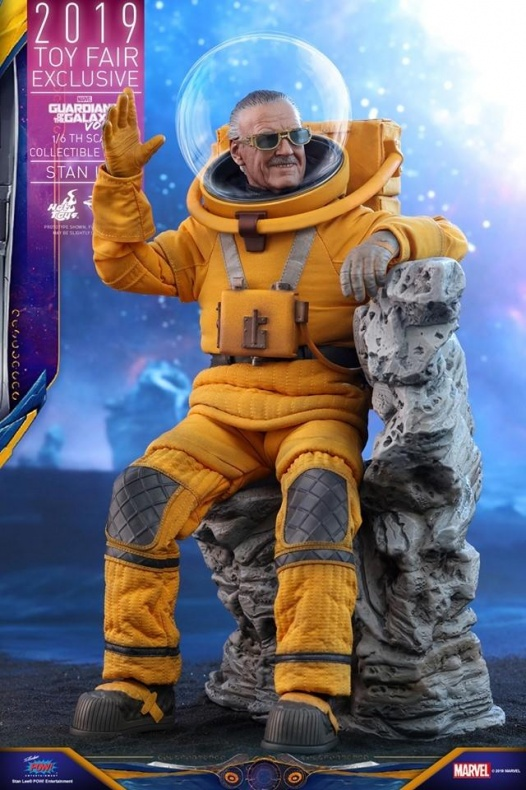 https hypebeast.com image 2019 07 stan lee guardians of the galaxy vol 2 hot toys 8