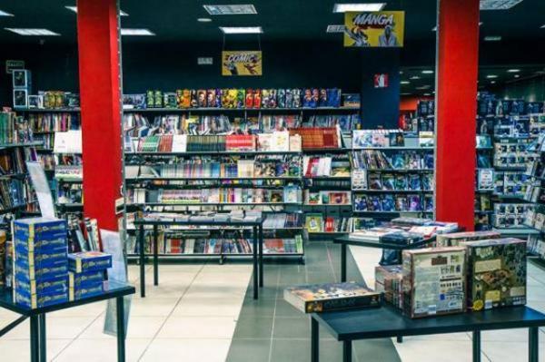 img 130823 comic stores soho 0 600