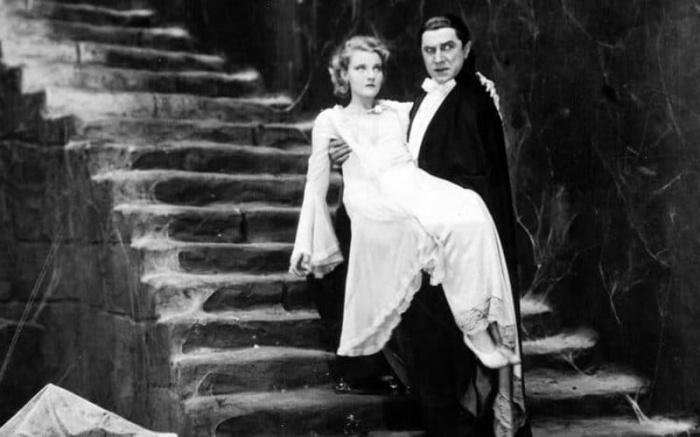 Dracula 1931 1050x445 1