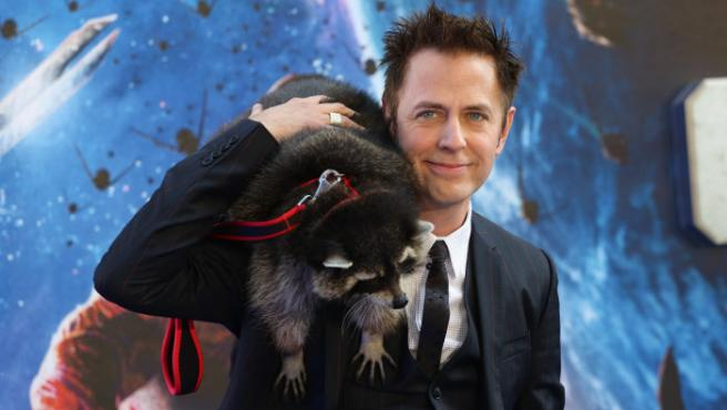 james gunn en la premiere en londres de guardianes de la