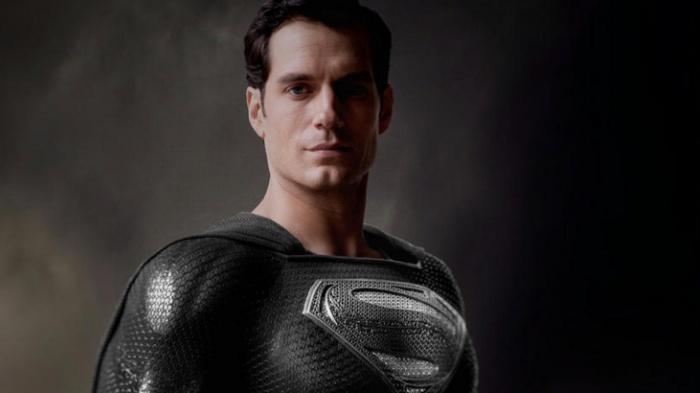 Liga-de-la-justicia-Zack-Snyder-Joss-Whedon-Superman-Negro