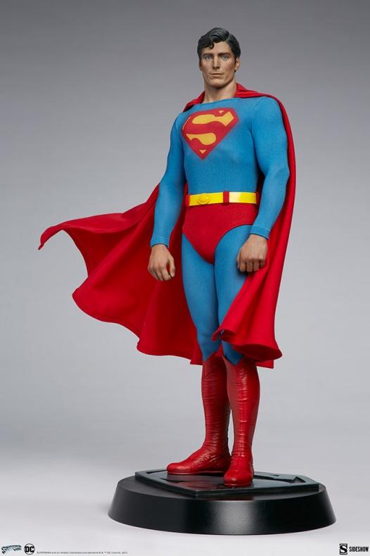 Superman Sideshow