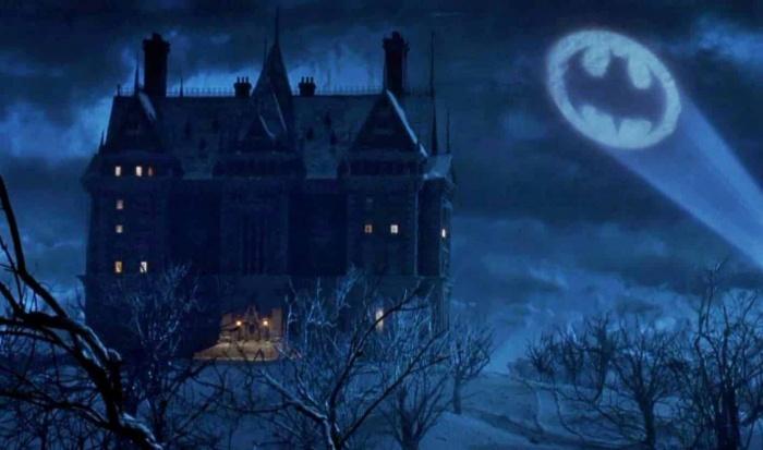 The Flash - Mansión Wayne - Michael Keaton - Batman - DC Comics
