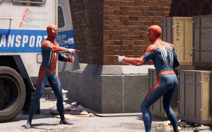 marvel meme de spider man senalando 1